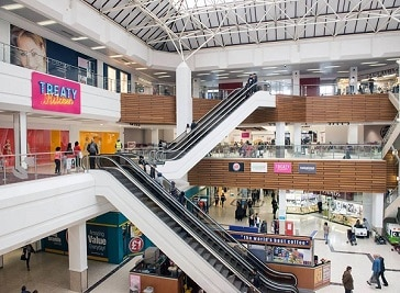 Treaty Shopping Centre in Twickenham